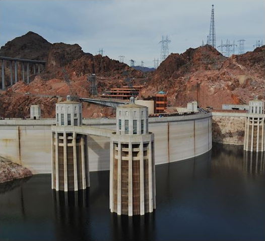 Hoover Dam, Lake Mead in 2013 Low